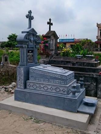 Mẫu lăng mộ công giáo đá tại Nam Định