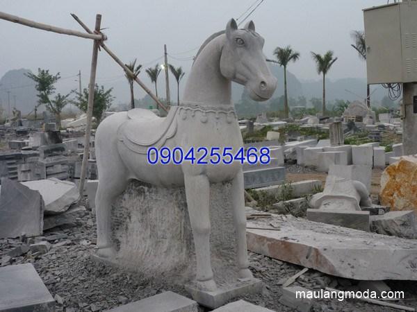 Tượng ngựa đá đẹp chất lượng cao giá hợp lý