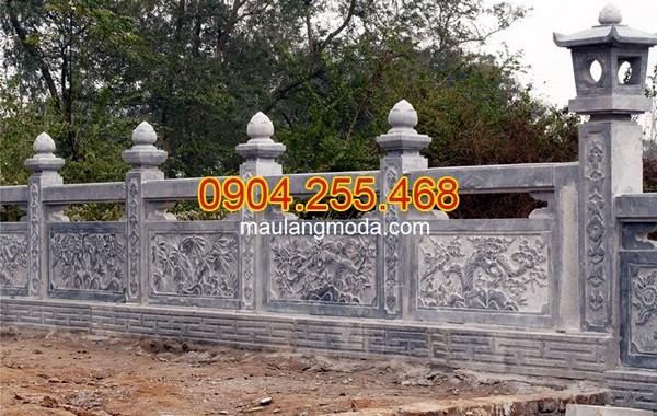 Cột đá, chân cột đá, lan can đá, bậc thềm đá tại Hưng Yên