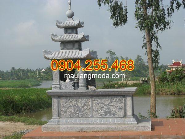 Mẫu mộ đá xanh rêu Quảng Bình