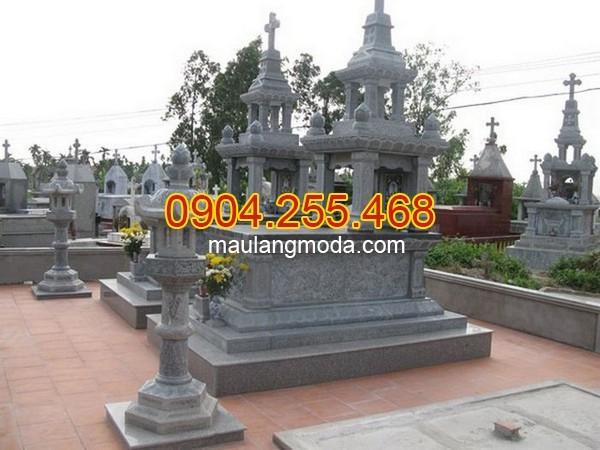 Khu lăng mộ đá tại Quảng Ngãi
