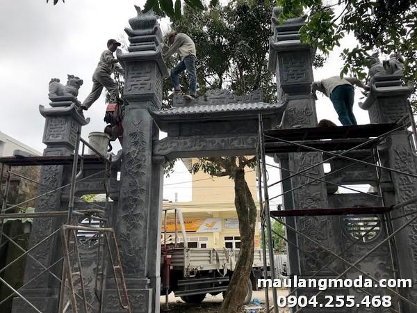 Hình ảnh cổng nhà thờ họ được làm từ đá xanh cao cấp