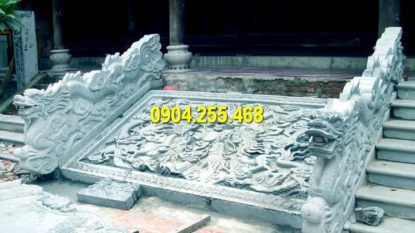 Thiết kế tượng rồng bằng đá đặt tại bậc tam cấp điêu khắc tinh tế