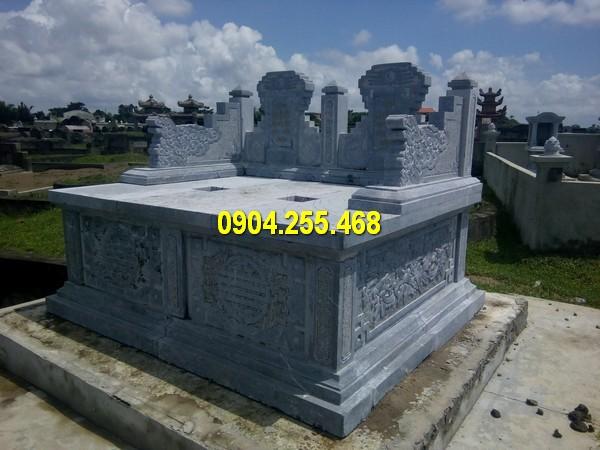 Mộ tam sơn được thiết kế theo kiểu mộ đôi, thể hiện sự gắn kết, quan hệ gia đình