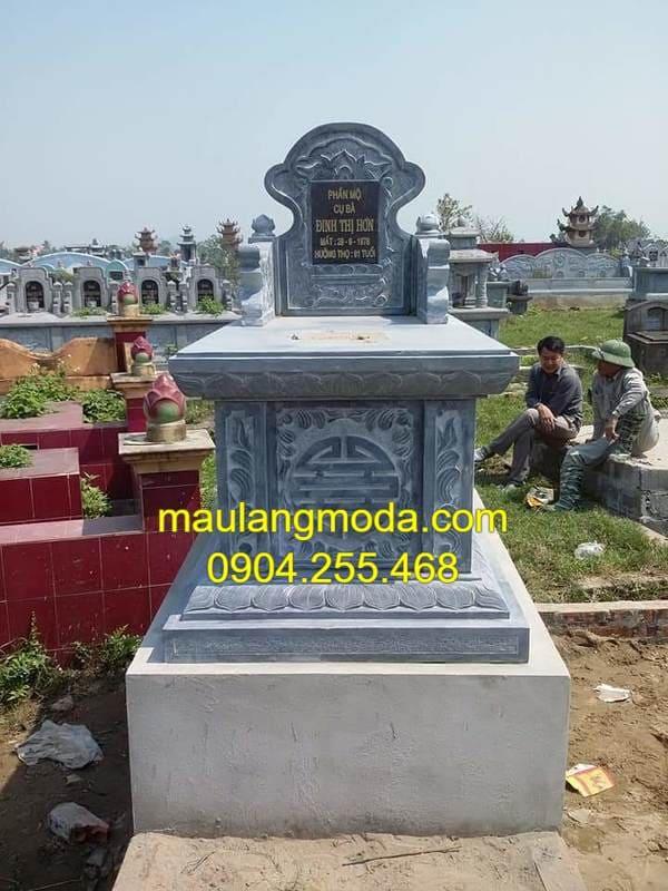 Mẫu mộ xây bằng đá xanh nguyên khối cao cấp