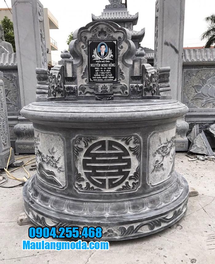 Xây mộ hình tròn bằng đá xanh đen