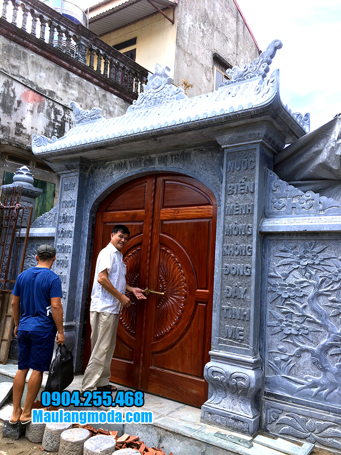cổng nhà thờ họ bằng đá xanh