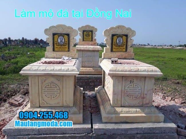 làm mộ đôi bằng đá vàng tại đồng nai