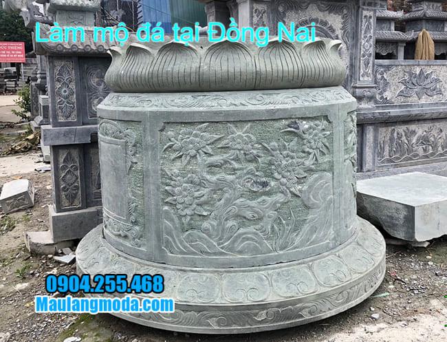 làm mộ tròn bằng đá xanh rêu tại đồng nai
