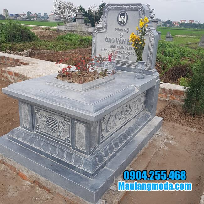 mộ bành đá tại tiền giang