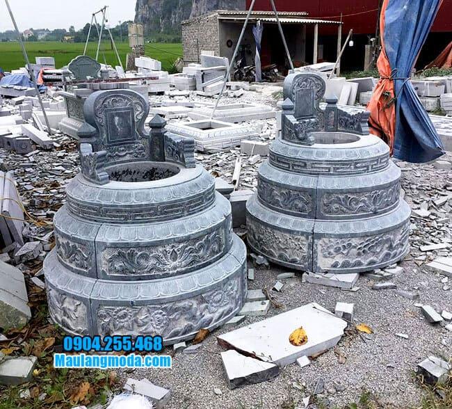 Mẫu mộ được làm bằng đá xanh thanh hóa