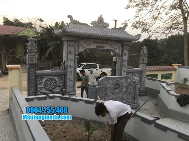 cổng tam quan đá đẹp tại Hòa Bình