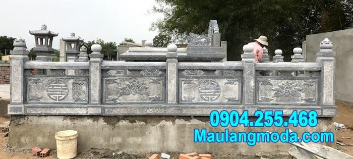 Tường rào đá nhà mồ tại Cà Mau
