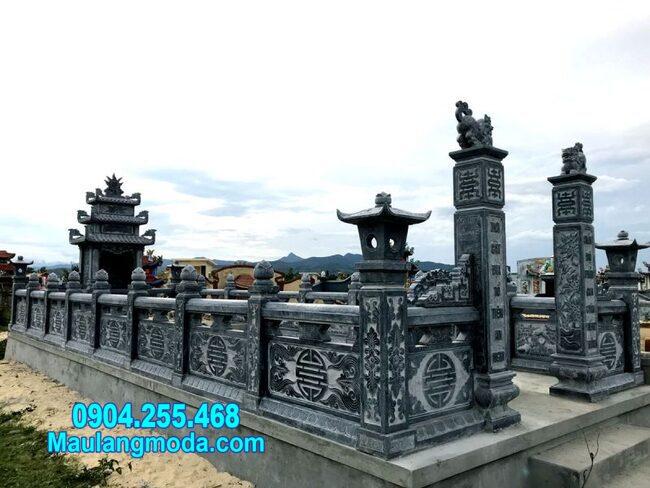nhà mồ đá xanh tự nhiên tại Ninh Thuận