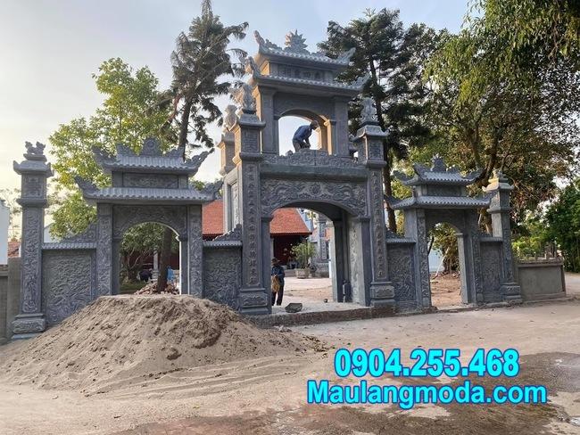 cổng tam quan chùa bằng đá tự nhiên